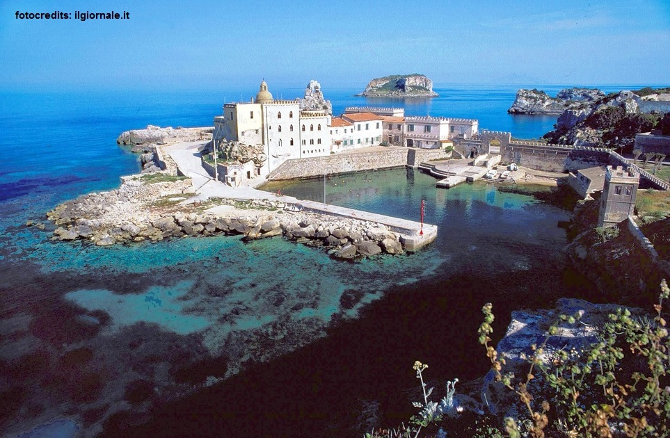 Toskana - Die Klosterruinen auf Cala Maestra